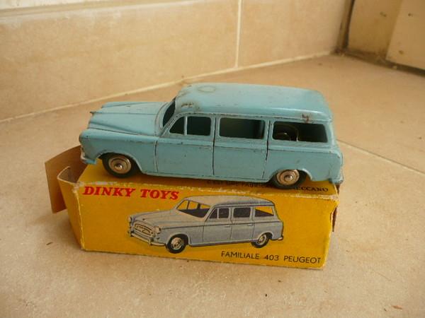dinky toys peugeot 403 break ref 24 f boite rare. Black Bedroom Furniture Sets. Home Design Ideas
